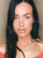 New face female model Heather from United States