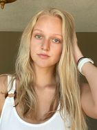 New face female model Mallory from United States
