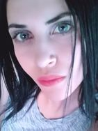 New face female model Selda from Tunisia