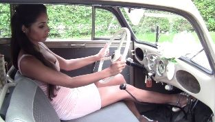 Jasmine and the 1940 Opel