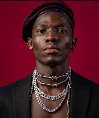 New face masculino modelo MODOU from França