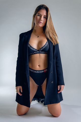 New face femme Mannequin Laura from Allemagne