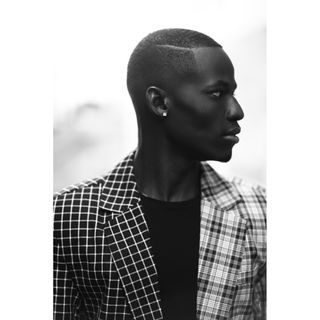 New face maschile modello Modou from Francia