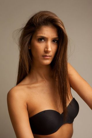 New face female model Laura from France