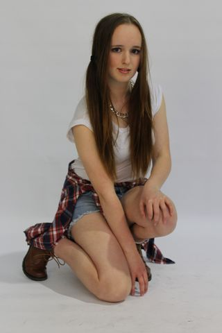 New face Female model Elizabeth from New Zealand
