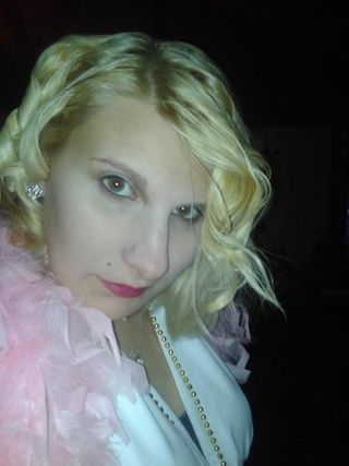 Marilyn Monroe for my birthday celebrity party!!