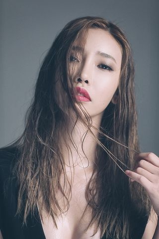 New face female model Y o oJI from South Korea