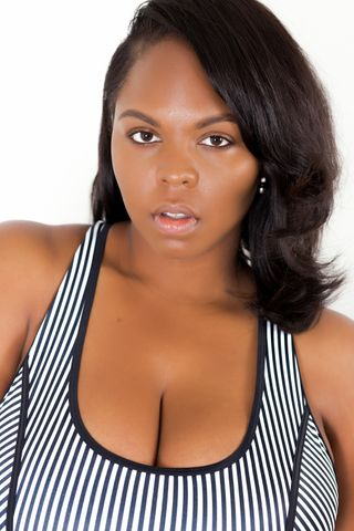 Natural beauty #PlusSizeModel