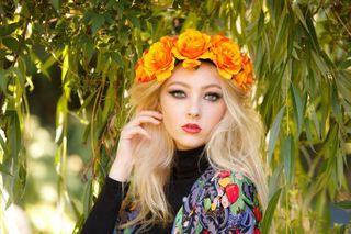 Fashion shots: Vibrant, bo-ho inspired look.