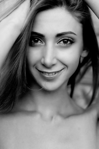 New face female model Kateryna from Italy