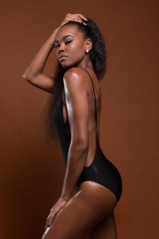 New face female model Eariel from United States