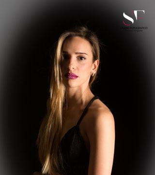 New face female model martina from Italy