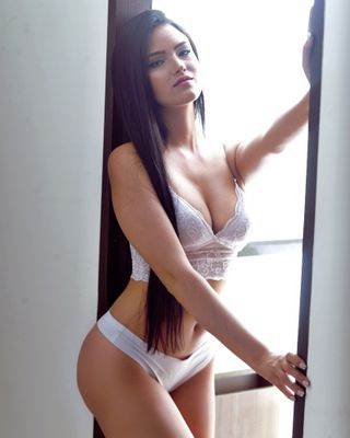New face femme Mannequin Meliuribe30 from