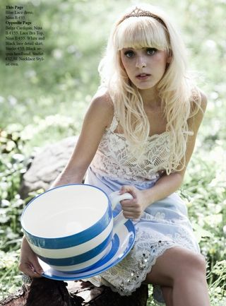"Editorial Tres Chik ""Alice in Wonderland"""