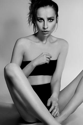 Art Model Veronica