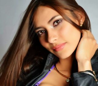 New face female model Gigi from Colombia