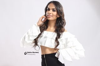 New face femminile modello Yukti from India