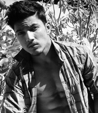 New face maschile modello Ajay from India