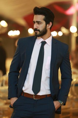 New face maschile modello Omer from Pakistan