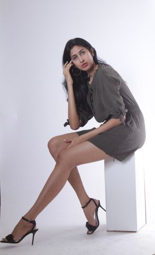 New face female model Lavee from Malaysia
