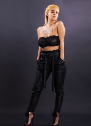 New face female model Davina from Canada