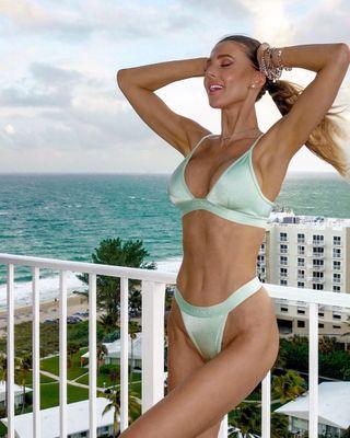 Bikini alizee 41 Hot
