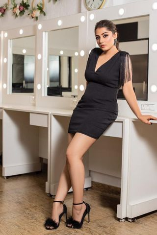 Professional model female model Simran from India