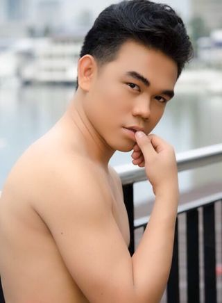 Modelo Profesional hombre modelo Rey from Philippines
