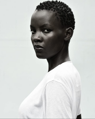 New face feminino modelo Diana from Uganda