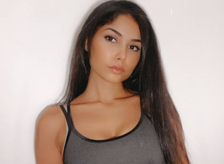 New face female model Norha from France