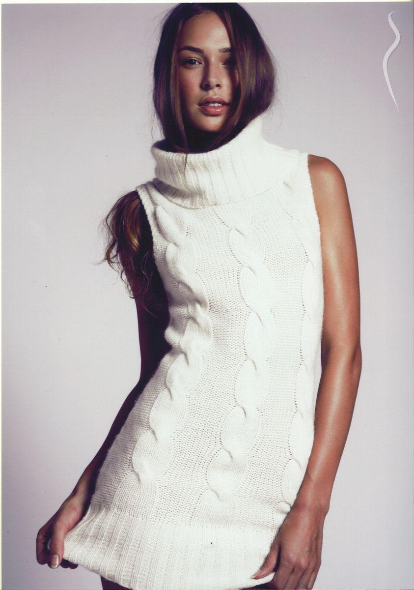 Sarah Carrier photo - 1105311 | Model Management