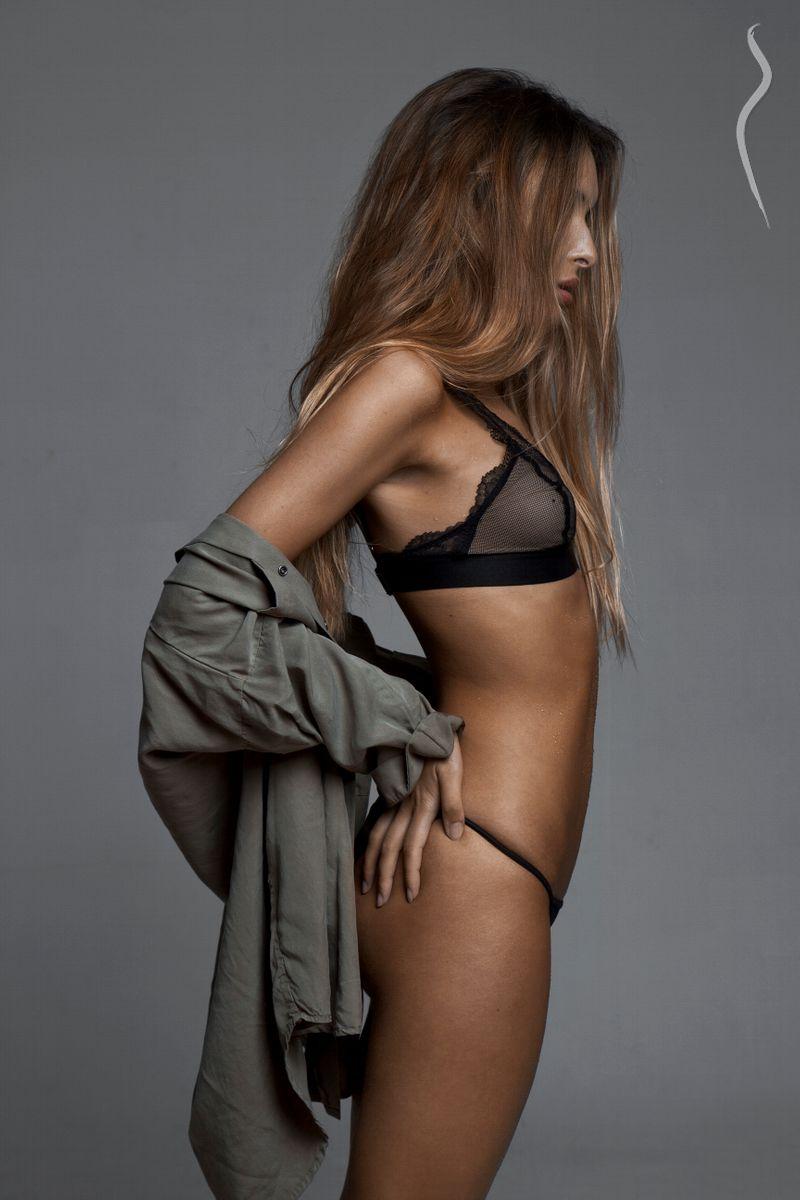 Vanessa Rebelo Nude Photos 4