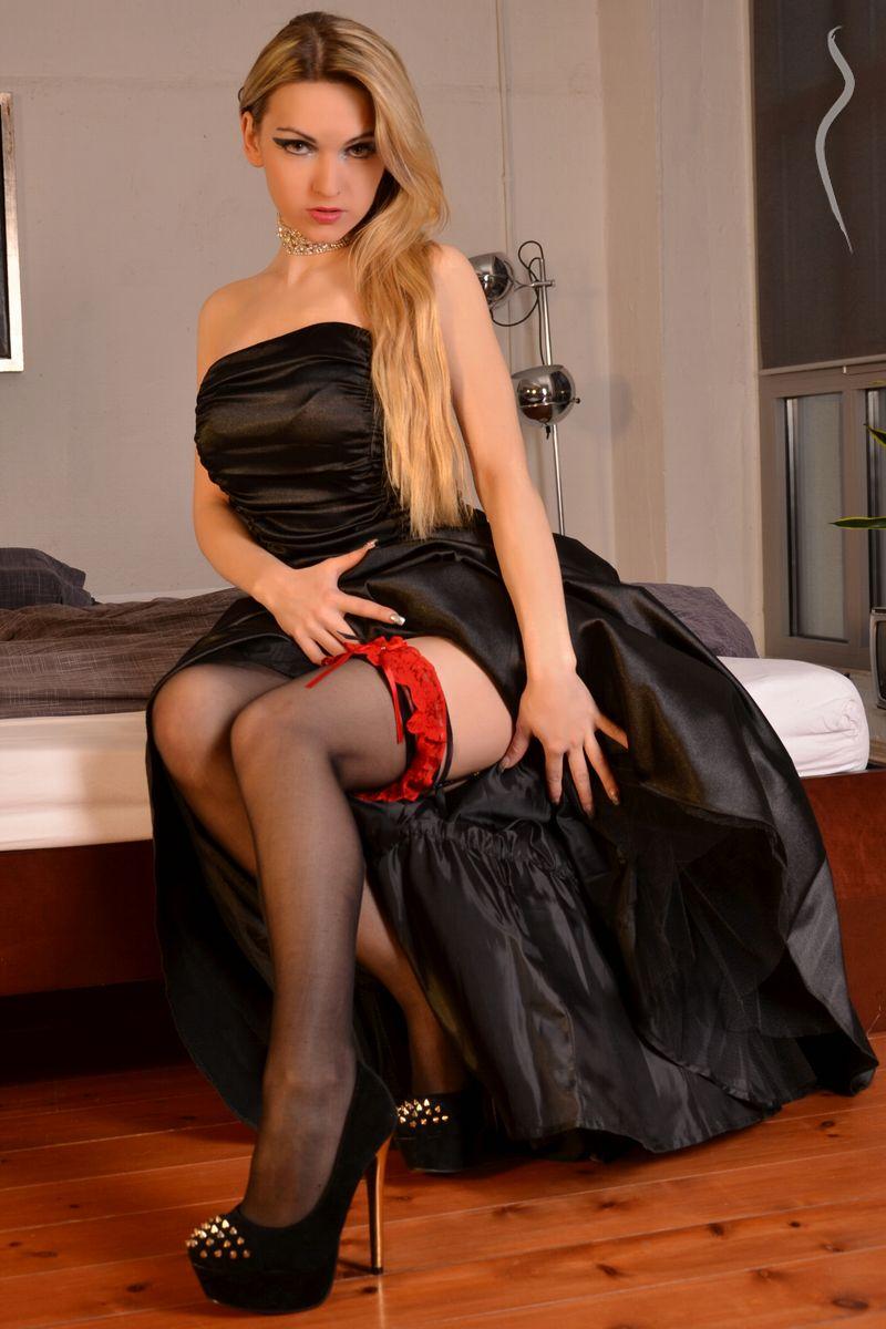 Angie Kroxx