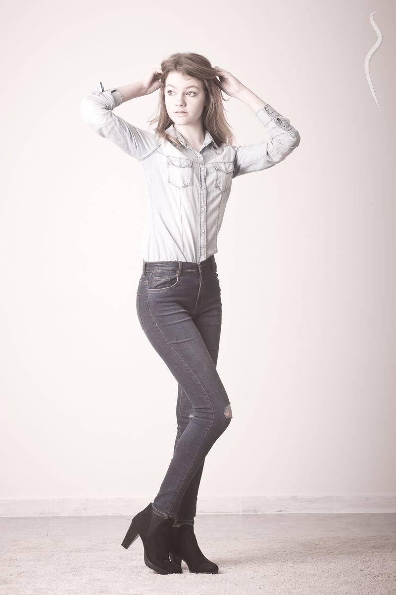Aina Nicolau - a model from Sp...