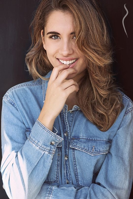 Gina - a model from Spain | Model Management