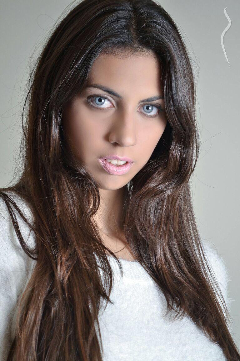 Daniela Olivieri Nude Photos 70