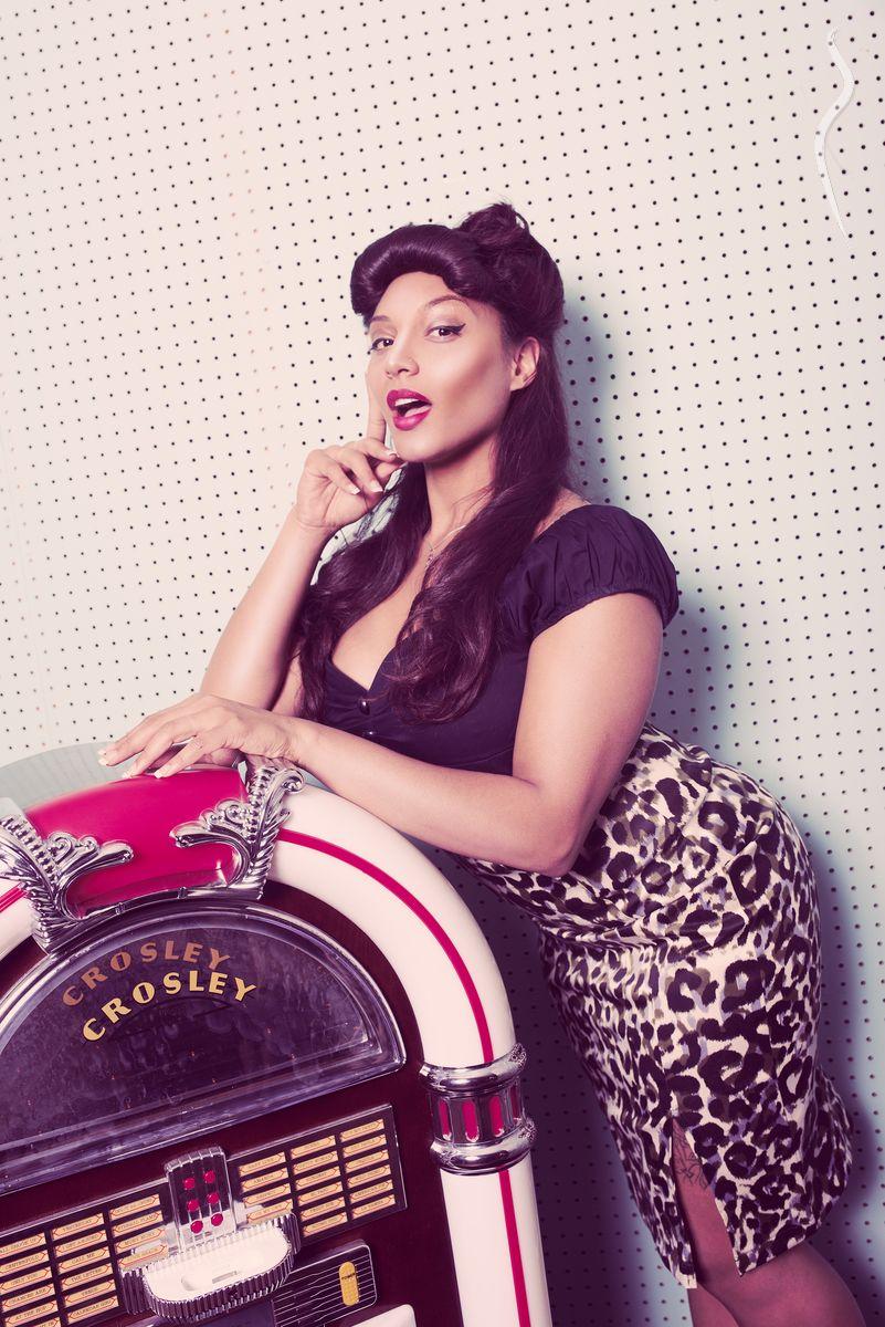 Lady Monique - un/a model de Canada | Model Management