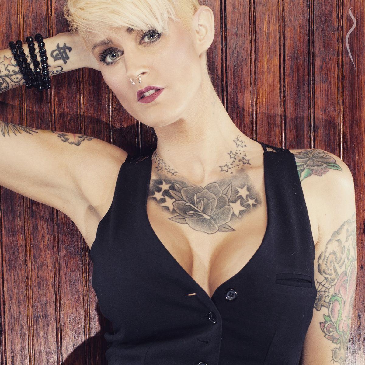 Lillie Nyx Nude Photos 16