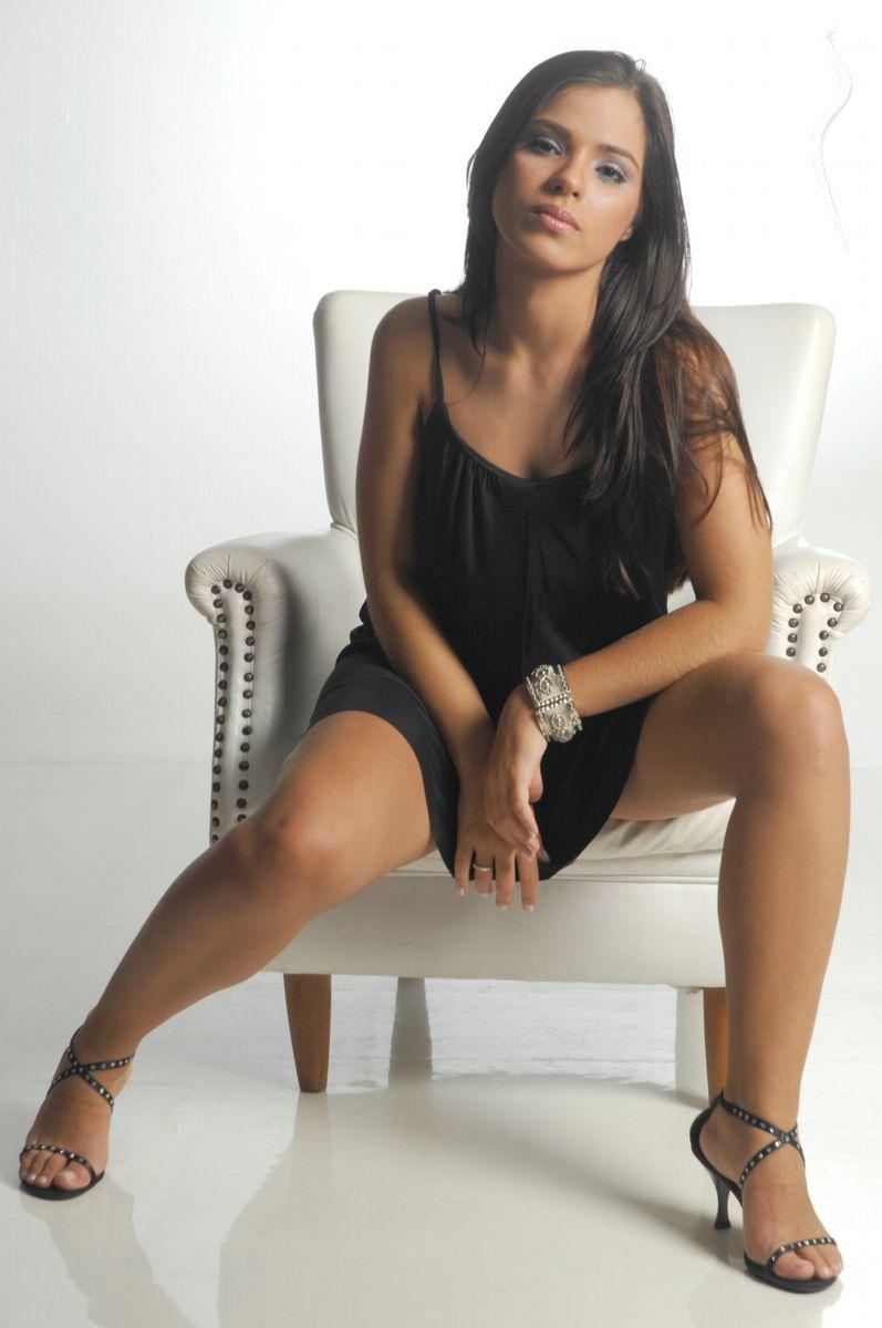 Mariana Rios Nude Photos 14