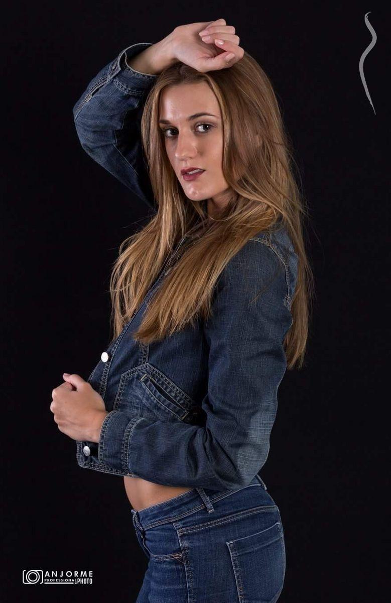 Mara Martinez - Model page