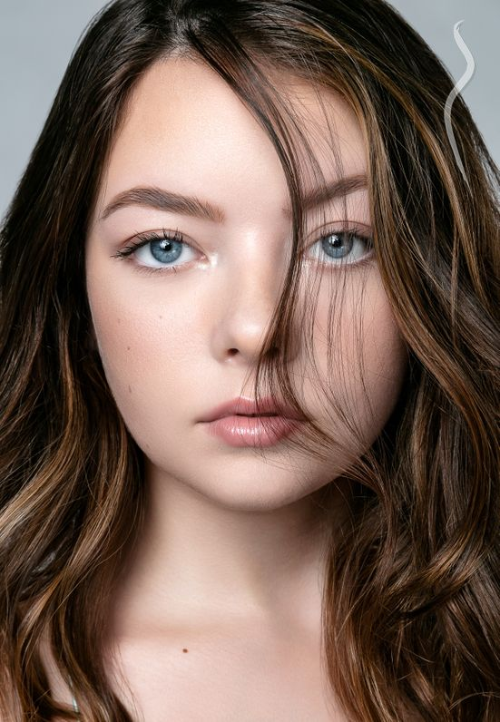 New Face weiblich Model Addison from USA