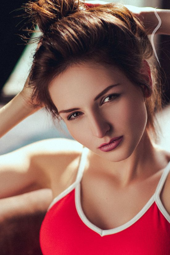 New face female model Alina from United States