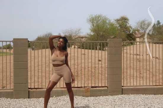 Professional model female model Shanese from United States