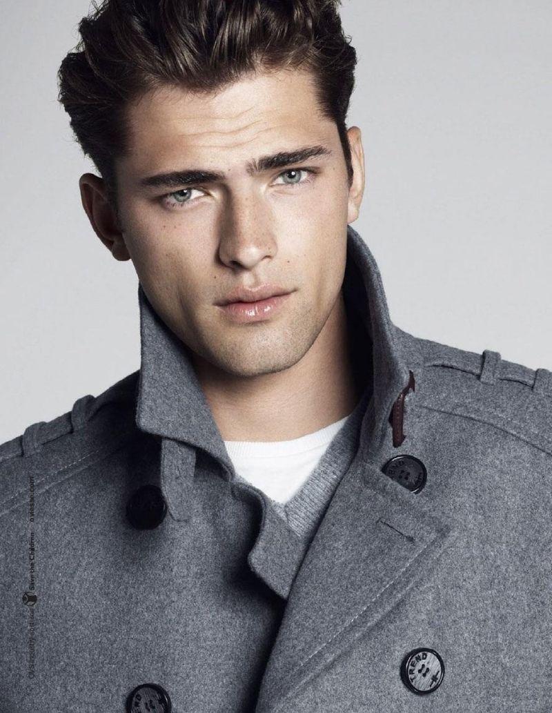 Casting: Mannequins Hommes bruns pour un site de vente en ligne très connu   Model Management